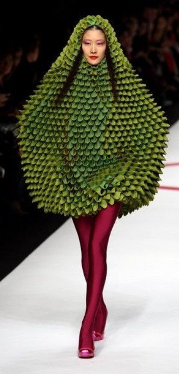 This avocado outfit just slays me. It's so funny!