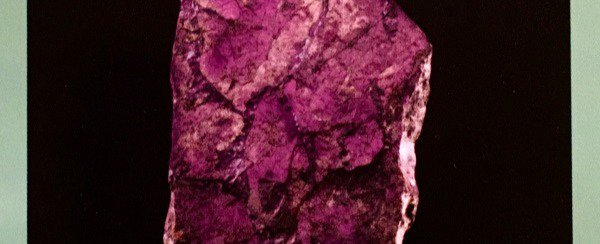 Purpurite is the newest mineral on the runway!
